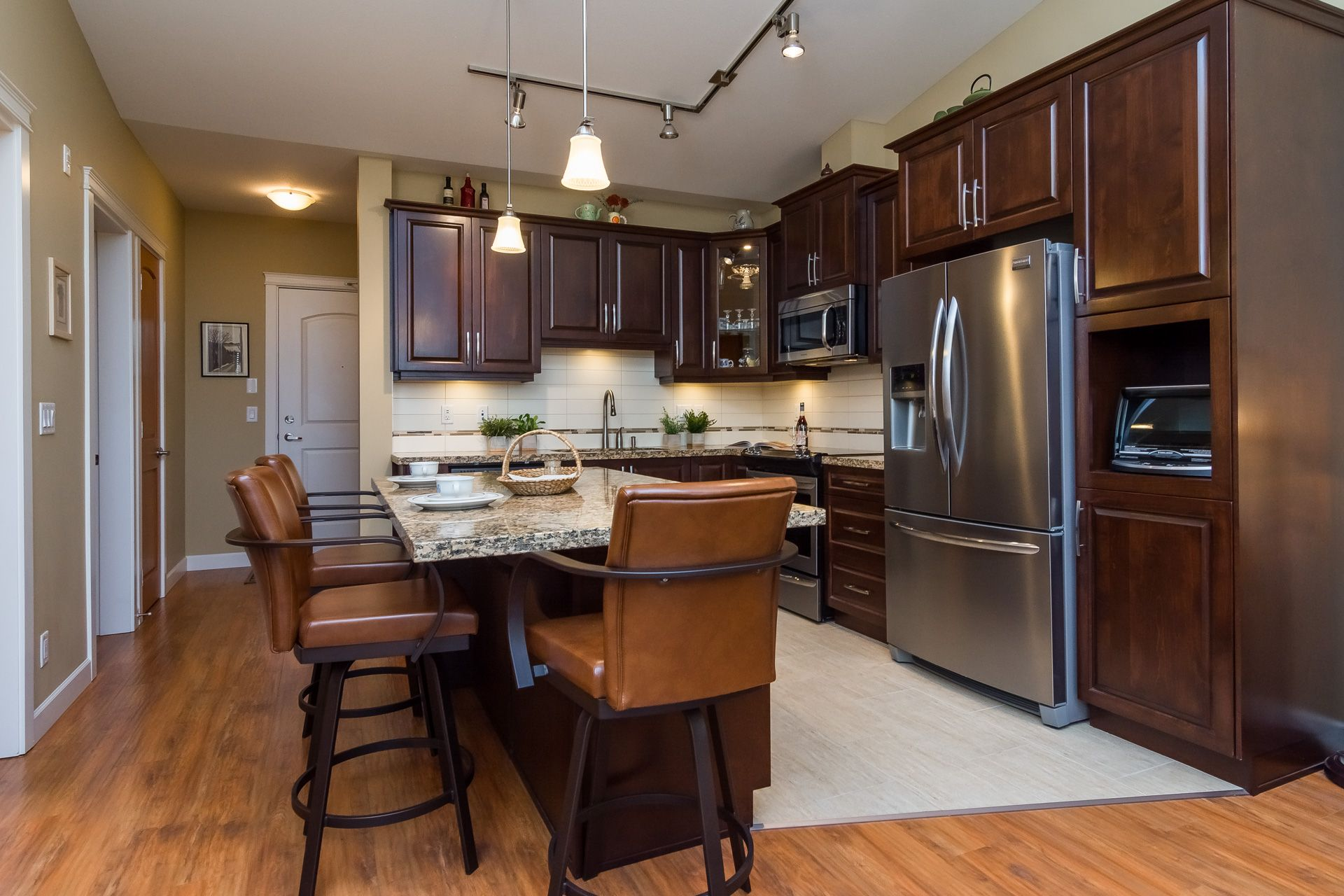 """Photo 13: Photos: 509 8258 207A Street in Langley: Willoughby Heights Condo for sale in """"YORKSON CREEK (BLG A)"""" : MLS®# R2221052"""