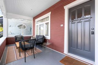 """Photo 2: 858 E 32ND Avenue in Vancouver: Fraser VE House for sale in """"Fraser"""" (Vancouver East)  : MLS®# R2574823"""