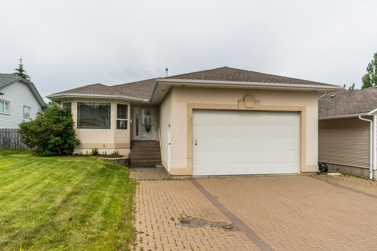 Main Photo: 6965 WESTGATE Avenue in Prince George: Lafreniere House for sale (PG City South (Zone 74))  : MLS®# R2596044