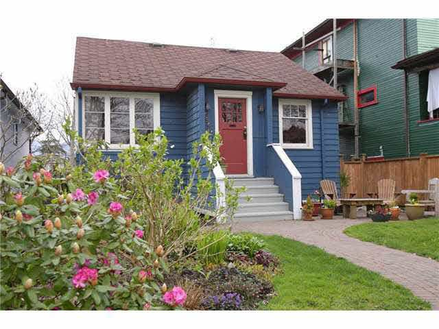 Main Photo: 2549 CAMBRIDGE STREET in Vancouver: Hastings East House for sale (Vancouver East)