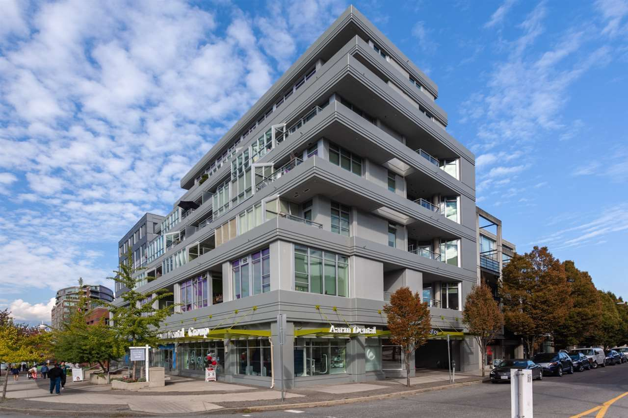 "Main Photo: 505 495 W 6TH Avenue in Vancouver: False Creek Condo for sale in ""LOFT 495"" (Vancouver West)  : MLS®# R2536764"