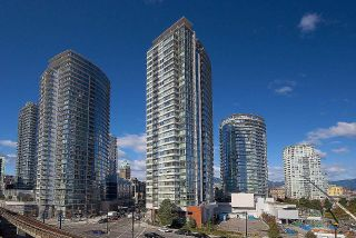 """Main Photo: 2009 688 ABBOTT Street in Vancouver: Downtown VW Condo for sale in """"FIRENZE"""" (Vancouver West)  : MLS®# R2596841"""