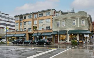"Photo 1: 411 108 W ESPLANADE Avenue in North Vancouver: Lower Lonsdale Condo for sale in ""Tradewinds"" : MLS®# R2625746"