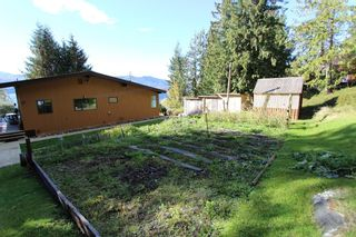 Photo 35: 7655 Squilax Anglemont Road in Anglemont: North Shuswap House for sale (Shuswap)  : MLS®# 10125296