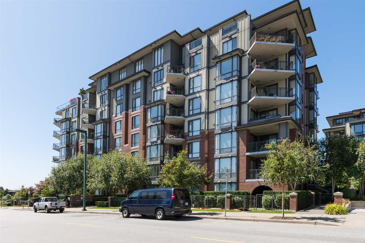 "Main Photo: 707 1551 FOSTER Street: White Rock Condo for sale in ""Sussex House"" (South Surrey White Rock)  : MLS®# R2205438"