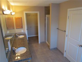 Photo 17: 1046 RUNDLE Crescent NE in CALGARY: Renfrew Regal Terrace Residential Attached for sale (Calgary)  : MLS®# C3506695