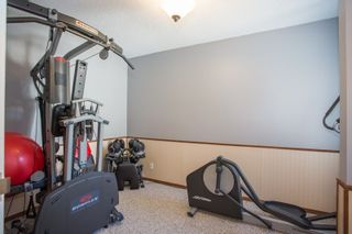 """Photo 7: 6109 GREENSIDE Drive in Surrey: Cloverdale BC Townhouse for sale in """"Greenside Estates"""" (Cloverdale)  : MLS®# R2264200"""