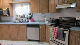 """Photo 4: 9512 259 Road in Fort St. John: Fort St. John - Rural E 100th Manufactured Home for sale in """"SWANSON LUMBER ROAD"""" (Fort St. John (Zone 60))  : MLS®# R2618672"""