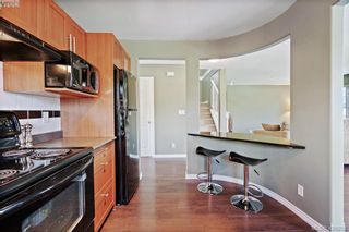 Photo 4: 305 908 Brock Ave in VICTORIA: La Langford Proper Row/Townhouse for sale (Langford)  : MLS®# 839718