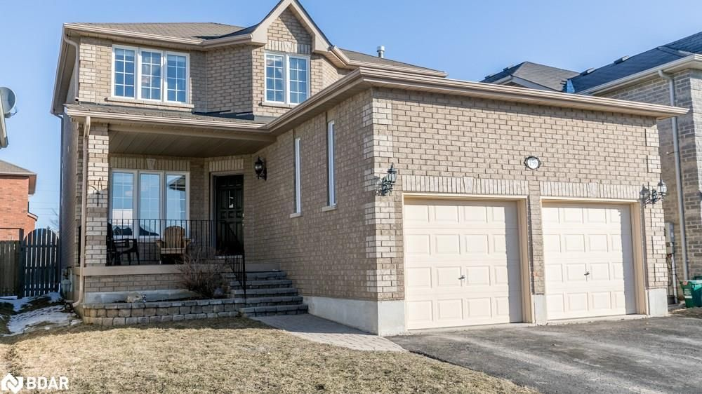 Main Photo: 156 BIRKHALL Place in Barrie: House for sale