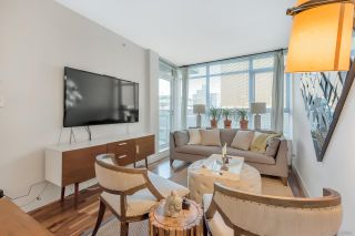 """Photo 11: 206 251 E 7TH Avenue in Vancouver: Mount Pleasant VE Condo for sale in """"District"""" (Vancouver East)  : MLS®# R2443940"""