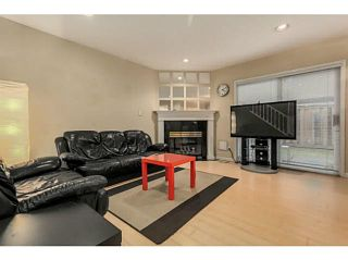 Photo 2: 4 10280 BRYSON Drive in Richmond: West Cambie Townhouse for sale : MLS®# V1118993