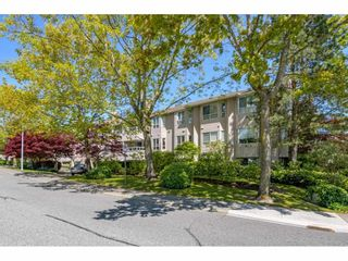 """Photo 2: 325 1952 152A Street in Surrey: King George Corridor Condo for sale in """"Chateau Grace"""" (South Surrey White Rock)  : MLS®# R2580670"""