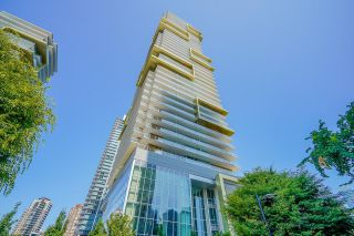 """Photo 3: 2605 6383 MCKAY Avenue in Burnaby: Metrotown Condo for sale in """"GOLDHOUSE NORTH TOWER"""" (Burnaby South)  : MLS®# R2621217"""