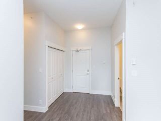 "Photo 15: 501 2362 WHYTE Avenue in Port Coquitlam: Central Pt Coquitlam Condo for sale in ""AQUILA"" : MLS®# R2179817"