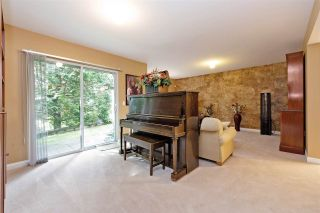 """Photo 13: 152 2979 PANORAMA Drive in Coquitlam: Westwood Plateau Townhouse for sale in """"Deercrest Estates"""" : MLS®# R2411444"""