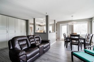 Photo 9: 304 33738 KING ROAD in Abbotsford: Poplar Condo for sale : MLS®# R2556290