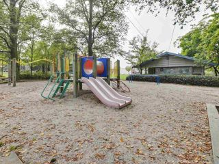 "Photo 20: 303 725 COMMERCIAL Drive in Vancouver: Hastings Condo for sale in ""Place Devito"" (Vancouver East)  : MLS®# R2509088"