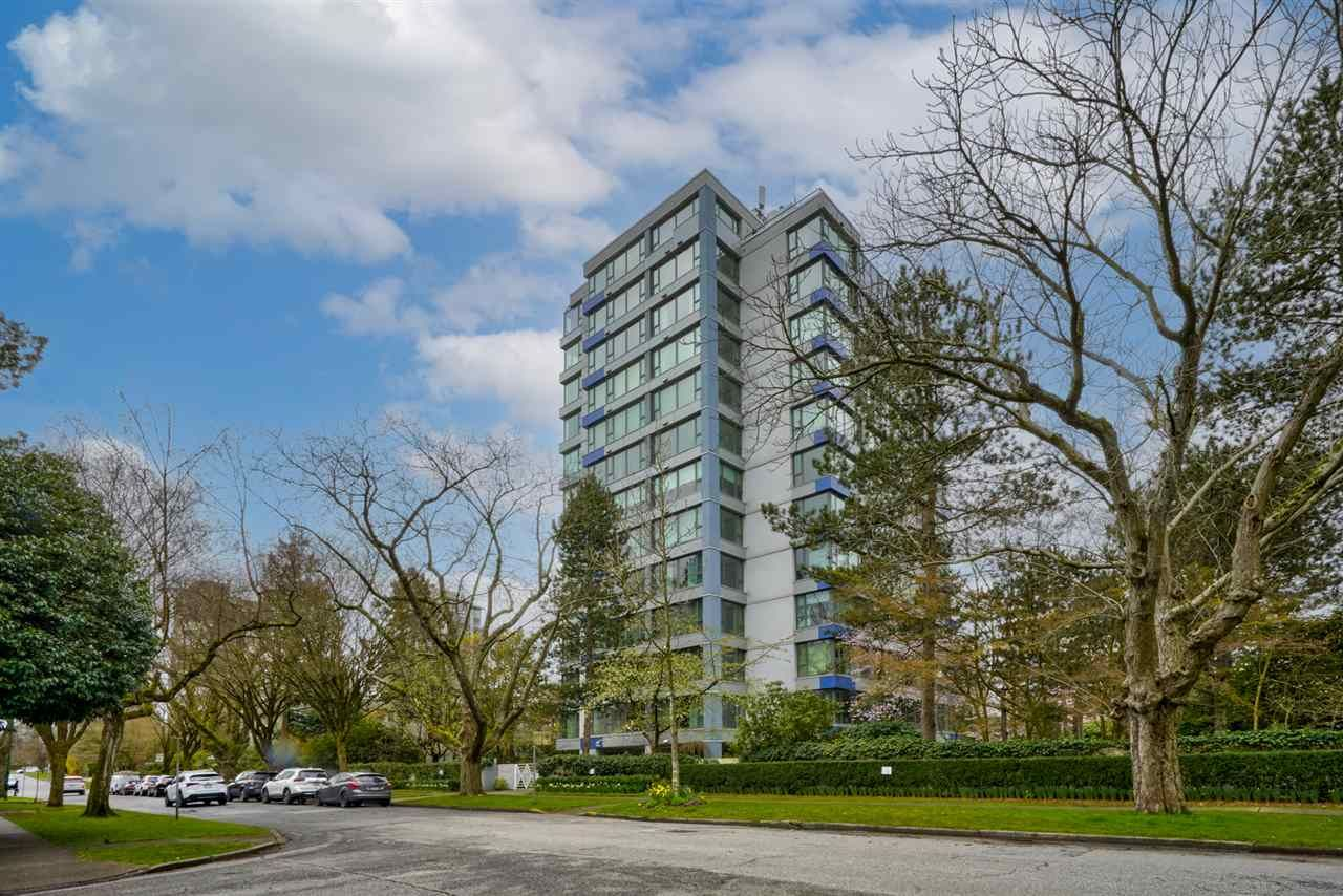 """Main Photo: 803 5425 YEW Street in Vancouver: Kerrisdale Condo for sale in """"THE BELMONT"""" (Vancouver West)  : MLS®# R2563051"""