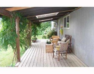 Photo 2: 1014 ROBIN Drive in Squamish: Squamish Rural House for sale : MLS®# V655695