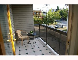 """Photo 6: 302 1875 W 8TH Avenue in Vancouver: Kitsilano Condo for sale in """"THE WESTERLY"""" (Vancouver West)  : MLS®# V761961"""