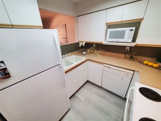 """Photo 15: 25 250 CASEY Street in Coquitlam: Maillardville Townhouse for sale in """"CHATEAU LAVAL"""" : MLS®# R2511496"""