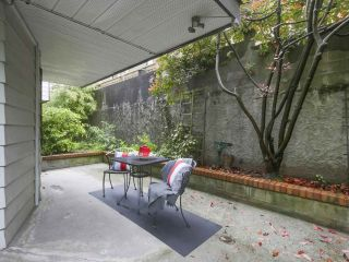 """Photo 14: 115 2033 TRIUMPH Street in Vancouver: Hastings Condo for sale in """"MACKENZIE HOUSE"""" (Vancouver East)  : MLS®# R2370575"""