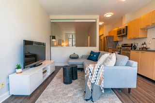 """Photo 9: 607 1249 GRANVILLE Street in Vancouver: Downtown VW Condo for sale in """"The Lex"""" (Vancouver West)  : MLS®# R2625490"""