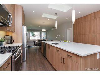 Photo 8: 221 Bellamy Link in VICTORIA: La Thetis Heights Half Duplex for sale (Langford)  : MLS®# 753483