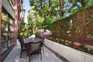 """Photo 4: 101 2137 W 10TH Avenue in Vancouver: Kitsilano Townhouse for sale in """"THE I"""" (Vancouver West)  : MLS®# R2097974"""