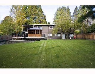 """Photo 9: 8258 GOVERNMENT Road in Burnaby: Government Road House for sale in """"GOVERNMENT RD"""" (Burnaby North)  : MLS®# V793961"""