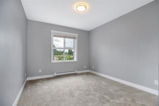 """Photo 15: 416 17769 57 Avenue in Surrey: Cloverdale BC Condo for sale in """"CLOVER DOWNS ESTATES"""" (Cloverdale)  : MLS®# R2601753"""