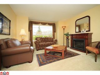 Photo 3: 18578 64 Avenue in Cloverdale: Cloverdale BC House for sale : MLS®# F1209914