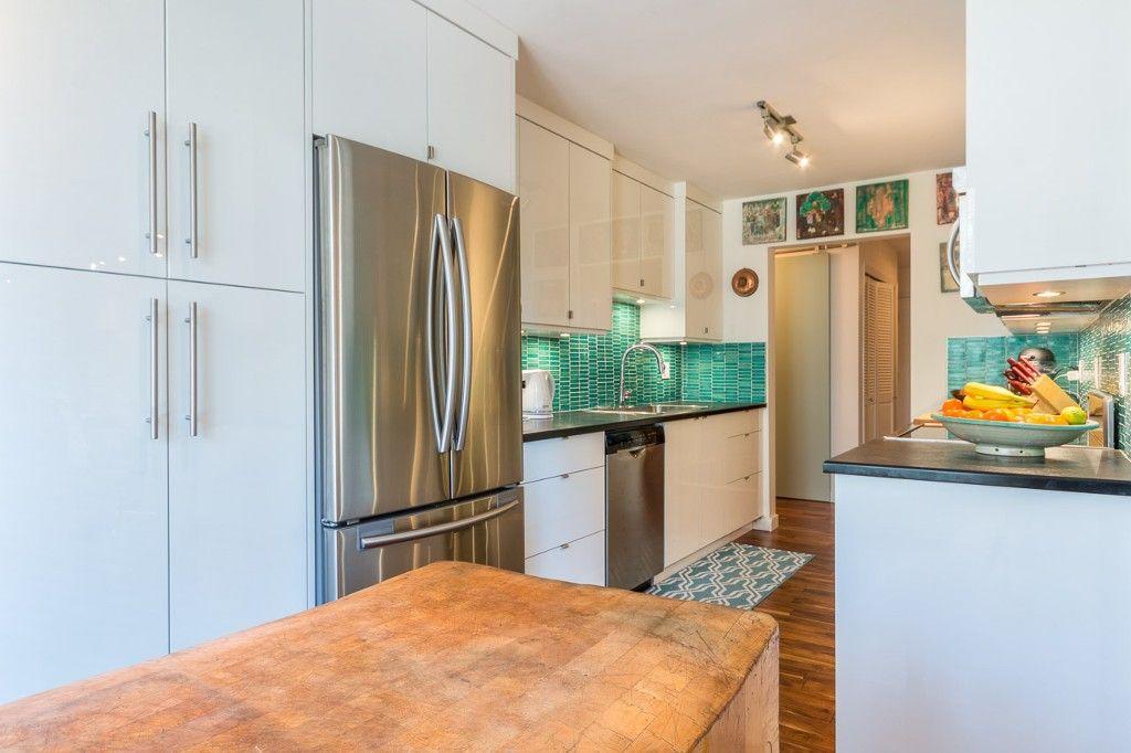 Photo 9: Photos: 105 1375 Newport Avenue in Victoria: Condo for sale : MLS®# 376044