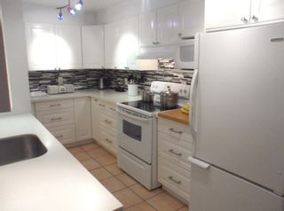 """Photo 3: 213 1080 BROUGHTON Street in Vancouver: West End VW Condo for sale in """"BROUGHTON TERRACE"""" (Vancouver West)  : MLS®# R2048988"""