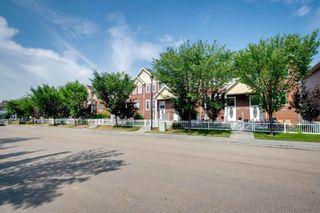 Photo 3: 4874 TERWILLEGAR Common in Edmonton: Zone 14 Townhouse for sale : MLS®# E4257615