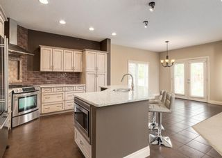 Photo 5: 301 Crystal Green Close: Okotoks Detached for sale : MLS®# A1118340
