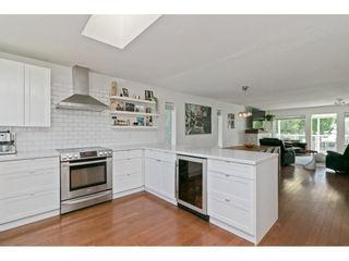 """Photo 11: 2125 128 Street in Surrey: Crescent Bch Ocean Pk. House for sale in """"Ocean Park"""" (South Surrey White Rock)  : MLS®# R2591158"""