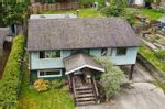 Main Photo: 765 CREEKSIDE Crescent in Gibsons: Gibsons & Area House for sale (Sunshine Coast)  : MLS®# R2576713