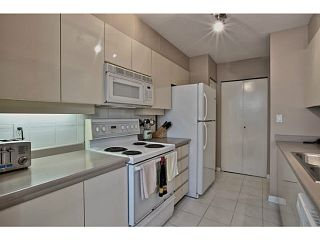 """Photo 7: 211 500 W 10TH Avenue in Vancouver: Fairview VW Condo for sale in """"Cambridge Court"""" (Vancouver West)  : MLS®# V1082824"""