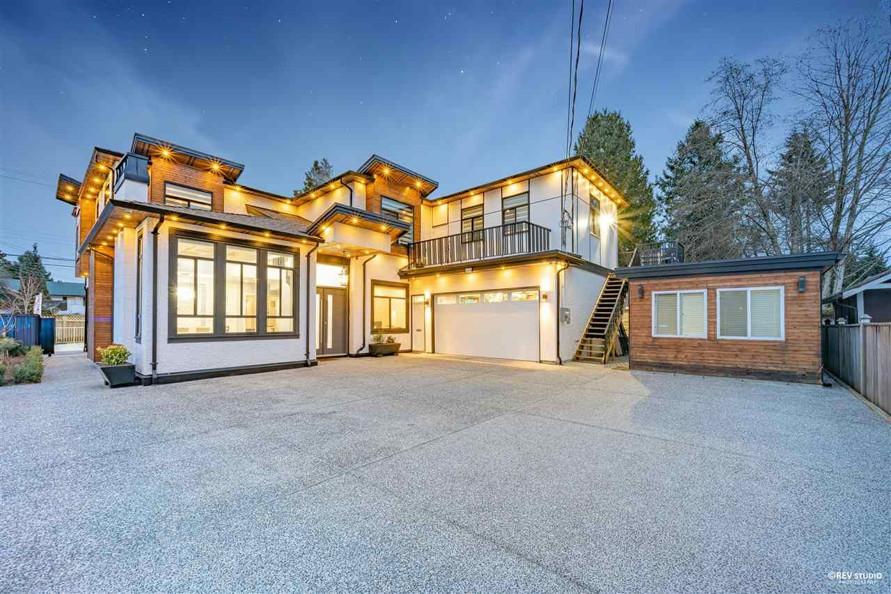 Main Photo: 9590 125 Street in Surrey: Queen Mary Park Surrey House for sale : MLS®# R2575169