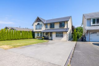 Photo 3: 26573 29B Avenue in Langley: Aldergrove Langley House for sale : MLS®# R2598515