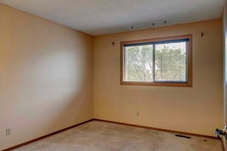 Photo 31: 543 WOODPARK Crescent SW in Calgary: Woodlands House for sale : MLS®# C4136852