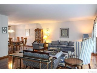 Photo 2: 14 Birkenhead Avenue in Winnipeg: Tuxedo Residential for sale (1E)  : MLS®# 1626083