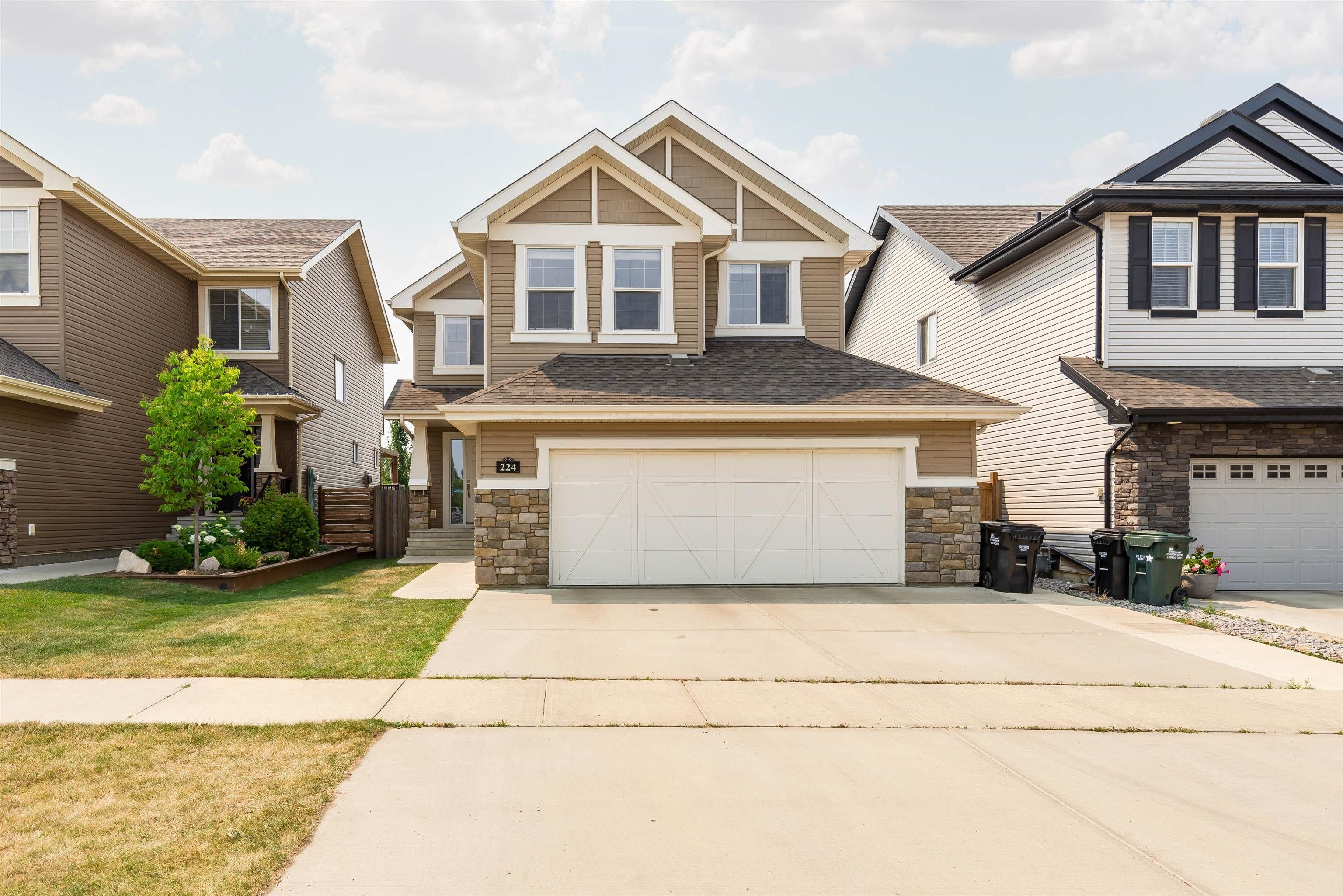 Main Photo: 224 CAMPBELL Point: Sherwood Park House for sale : MLS®# E4264225
