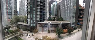 """Photo 4: 703 1166 MELVILLE Street in Vancouver: Coal Harbour Condo for sale in """"ORCA PLACE"""" (Vancouver West)  : MLS®# R2513384"""