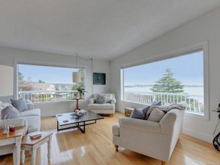 Photo 2: 3512 Aloha Ave in : Co Lagoon House for sale (Colwood)  : MLS®# 866776