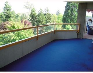 Photo 10: 404 6152 KATHLEEN Ave in The Embassy: Metrotown Home for sale ()  : MLS®# V779006