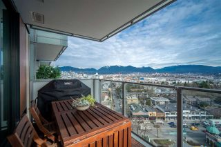 "Photo 1: 1605 285 E 10 Avenue in Vancouver: Mount Pleasant VE Condo for sale in ""The Independant"" (Vancouver East)  : MLS®# R2558231"