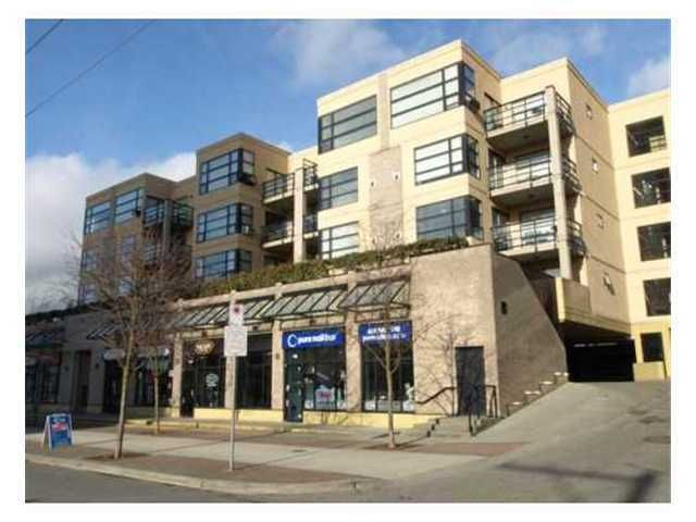 """Main Photo: 410 124 W 3RD Street in North Vancouver: Lower Lonsdale Condo for sale in """"THE VOGUE"""" : MLS®# V923381"""
